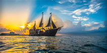 images/pirate-boat-home.jpg